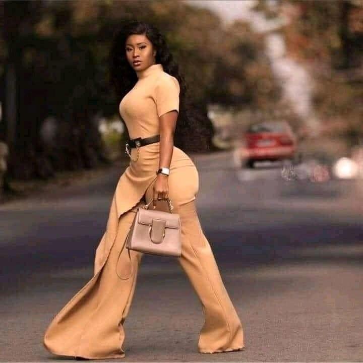 Une photo de Carmen Sama devient un mème viral sur internet