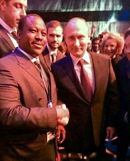 Guillaume Soro aperçu avec Vladimir Poutine (photo)