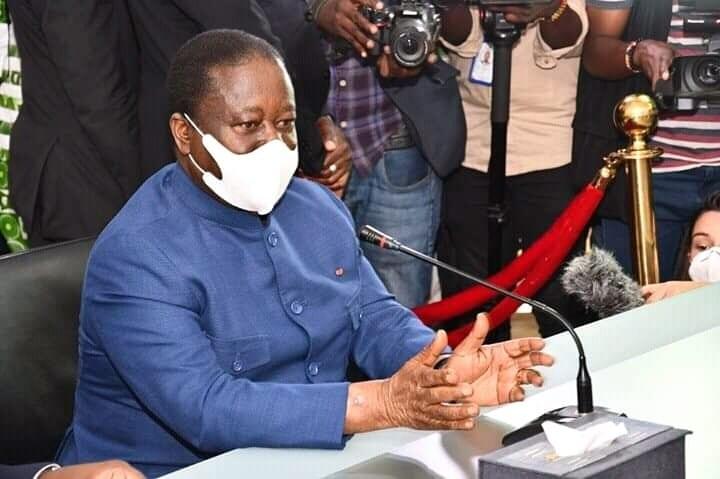 Henri Konan Bédié va terrasser Alassane Ouattara avec la désobéissance civile