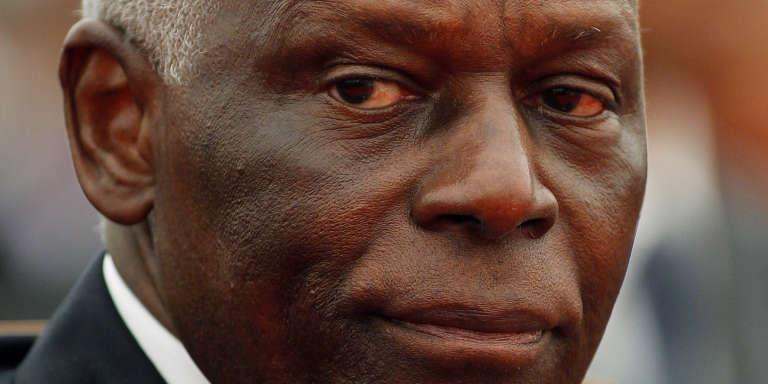 Angola : l'ancien président Eduardo Dos Santos visé par la justice