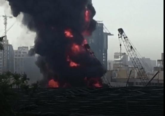 Liban : 4 morts dans l'explosion d'un entrepôt de carburant