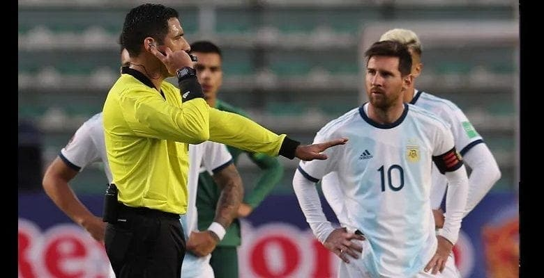Messi craque et insulte le préparateur physique Bolivien