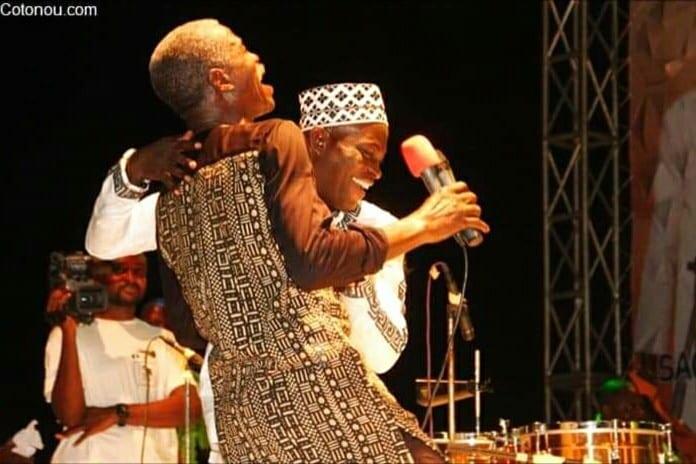 Musique : King Mensah rend hommage à Sagbohan Danialou