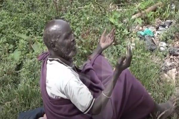 Ouganda : un ancien directeur d'école devient mendiant (vidéo)