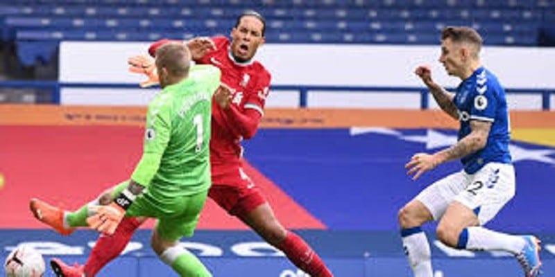 Liverpool : ligaments touchés et opération à suivre pour Van Dijk