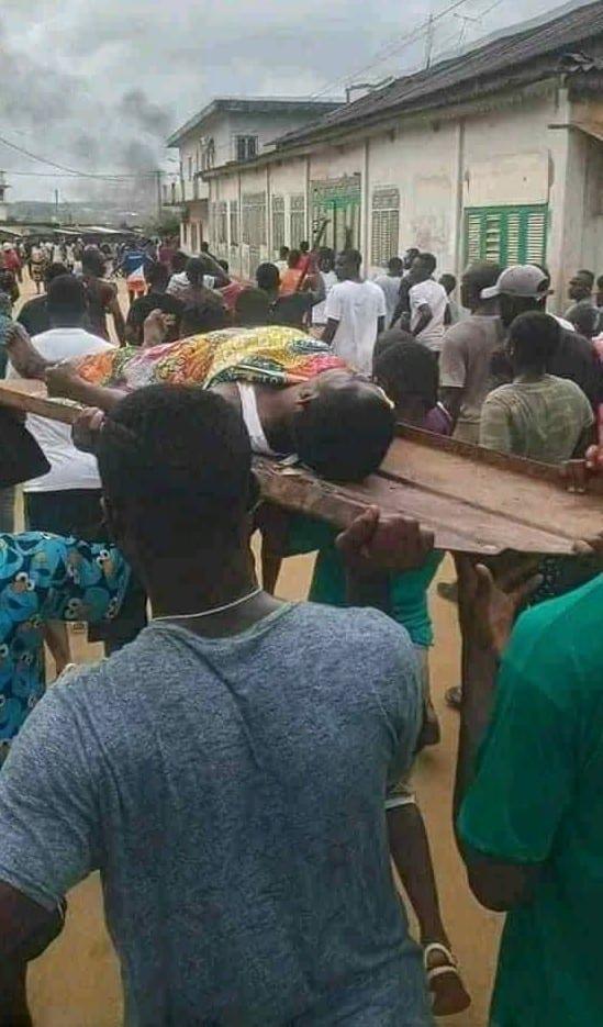 Situation très tendue en Côte d'Ivoire où ça tire à balles réelles