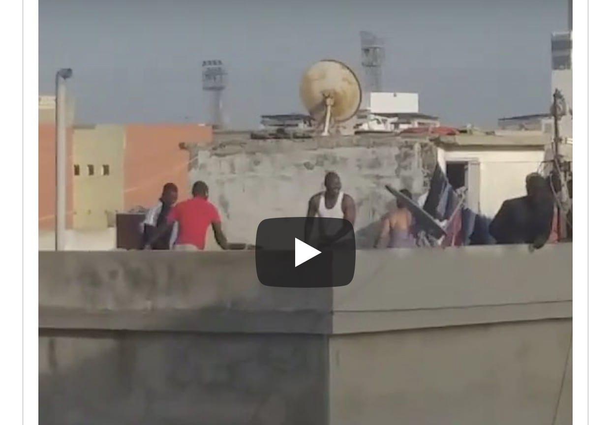 Sénégal : Un voleur grièvement torturé dans une terrasse (Video)