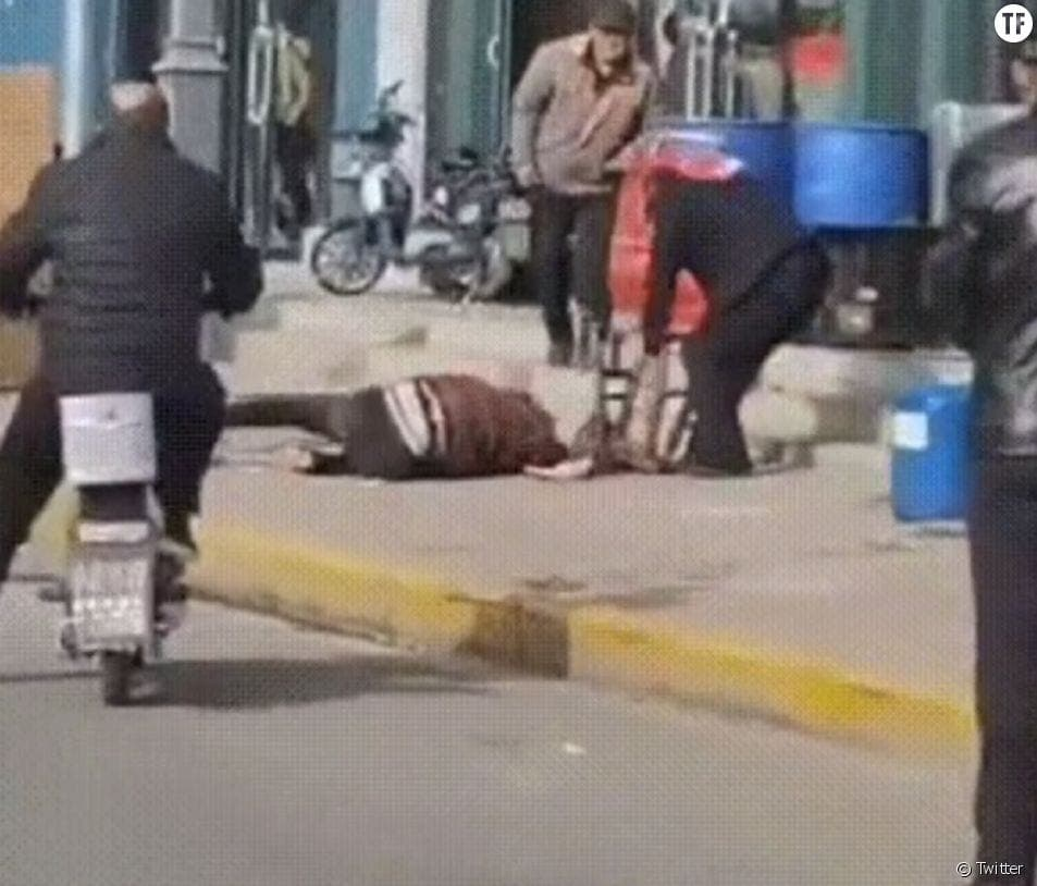 Chine : Une femme frappée à mort par son mari en pleine rue