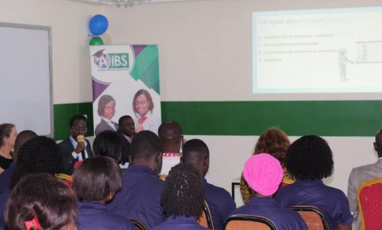 AIBS (Atlantique International Business School) : l'université s'engage pour une meilleure insertion professionnelle de ses étudiants