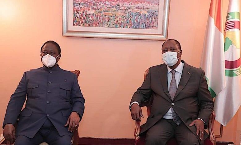 """Bédié-Ouattara/ Rencontre symbolique et visages crispés pour """"briser le mur de glace"""""""
