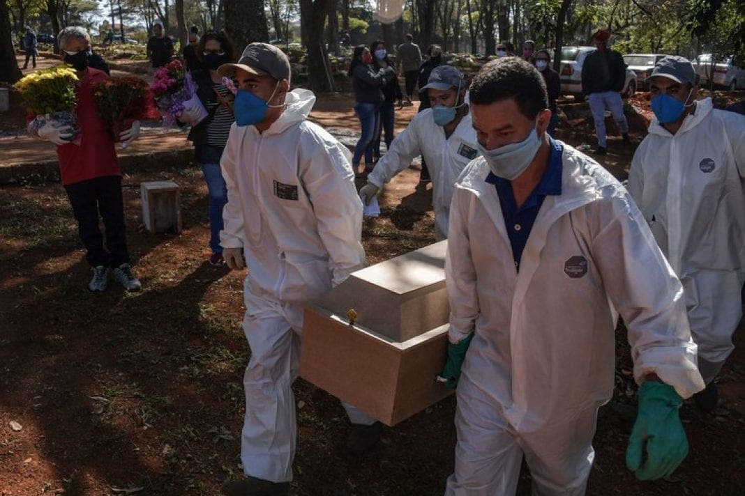 Covid-19 au Brésil : Plus de 5,6 millions de cas enregistrés