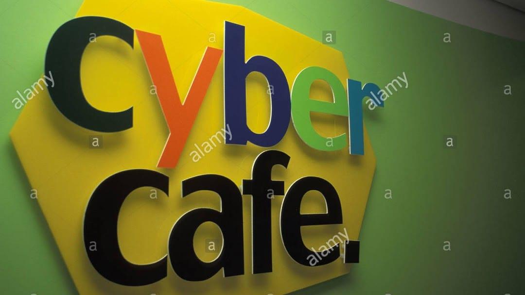 Un CyberCafé recrute du Personnel