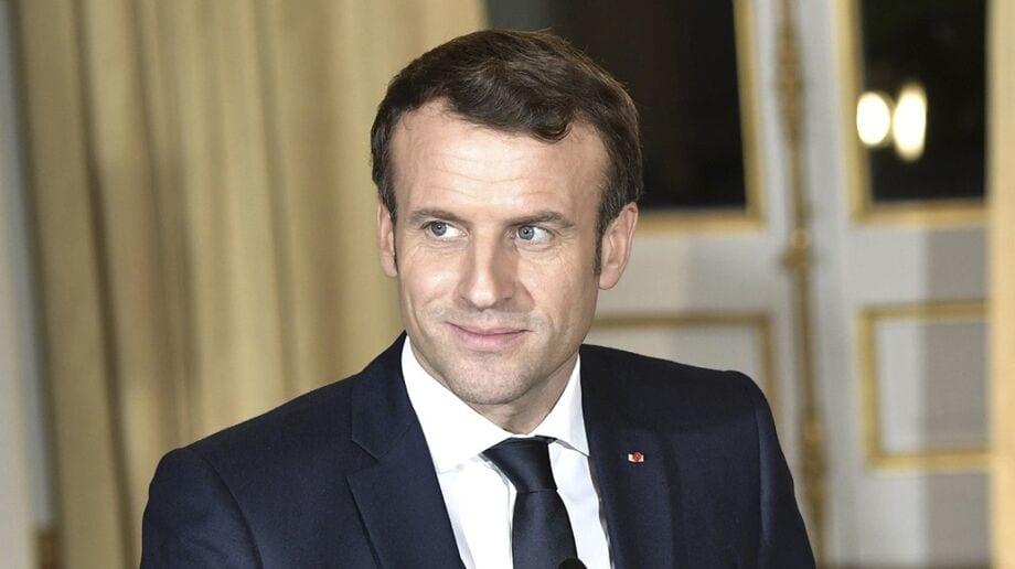 Emmanuel Macron adresse cette énorme insulte  à des journalistes de BFMTV