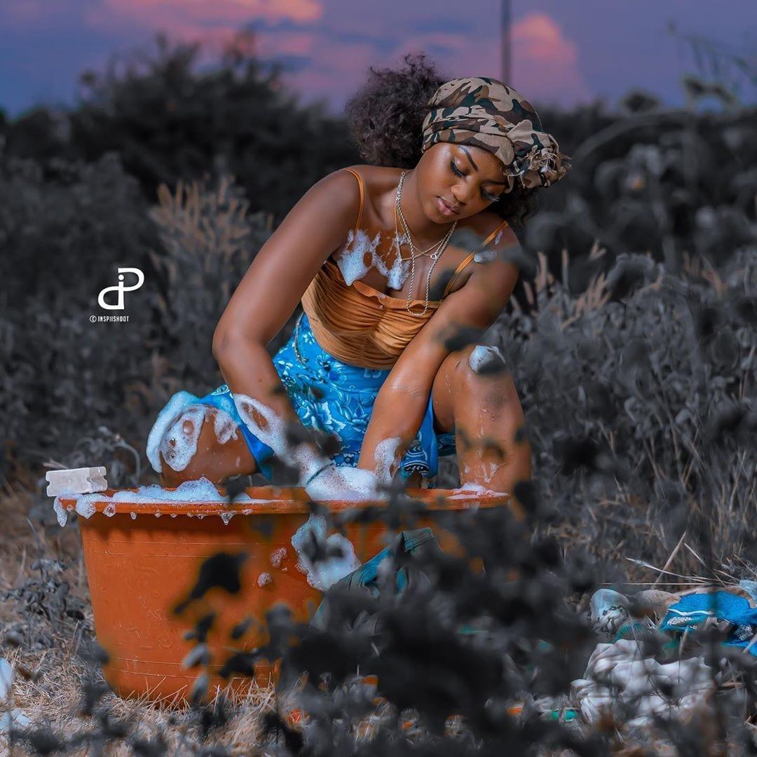 (15 Photos) : Diarra Thiés (Sen P'tit Galle) sous une autre facette