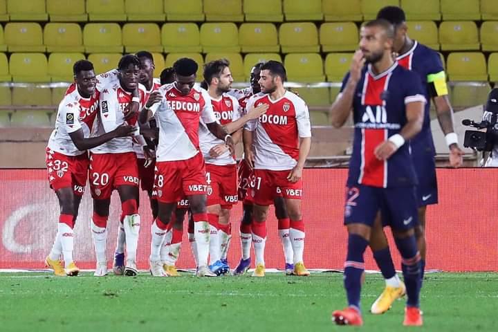 PSG coule face à Monaco