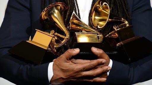 Les Grammy Awards 2021 divisent Wiz Khalifa, Cardi B, Nicki Minaj