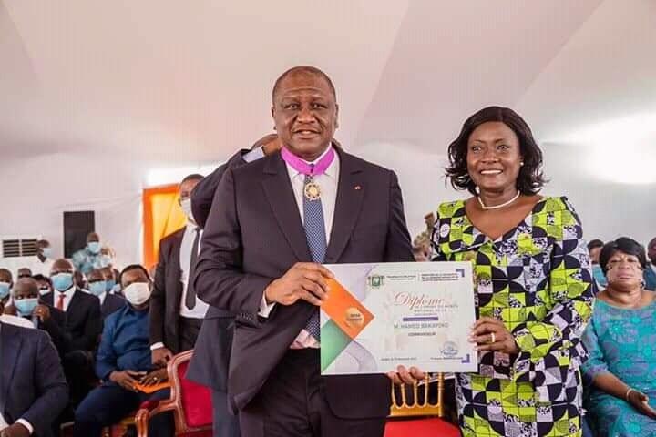 Hamed Bakayoko élevé au grade de Commandeur dans l'Ordre du mérite