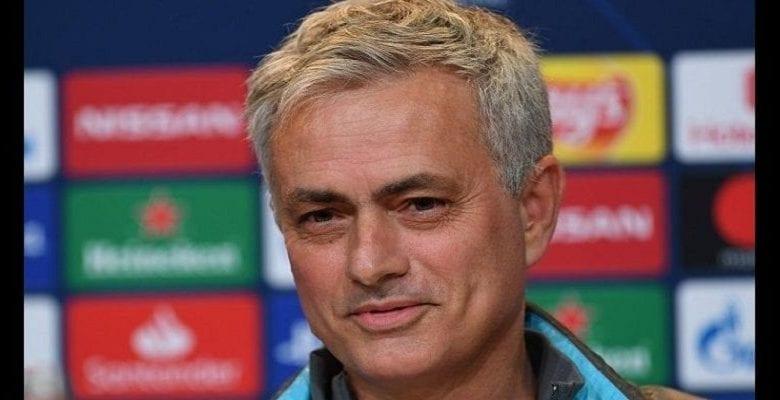 José Mourinho présente son onze de rêve sans Eto'o et Messi mais avec une grosse pointure du ballon rond