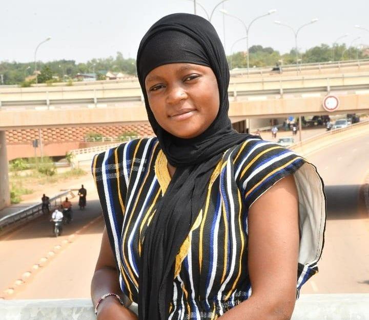 Législatives au Burkina Faso : Ouedraogo Sibila Samiratou, candidate à 23 ans
