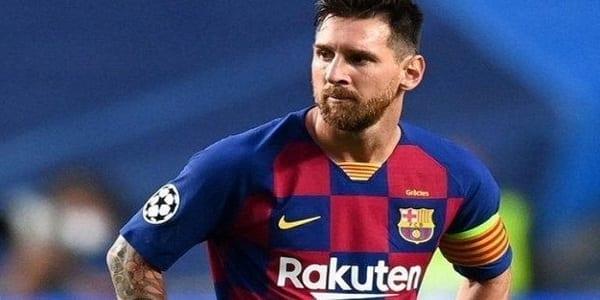 Liga : Lionel Messi se fait remonter les bretelles par un arbitre au cours d'un match