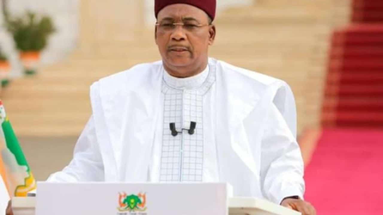 Présidentielle au Niger : Mahamadou Issoufou appelle les candidats à une campagne apaisée