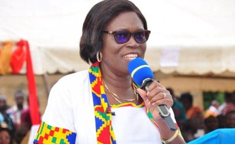 """Simone Gbagbo: """" Notre pays se trouve ce soir dans une situation de vacance du pouvoir"""""""