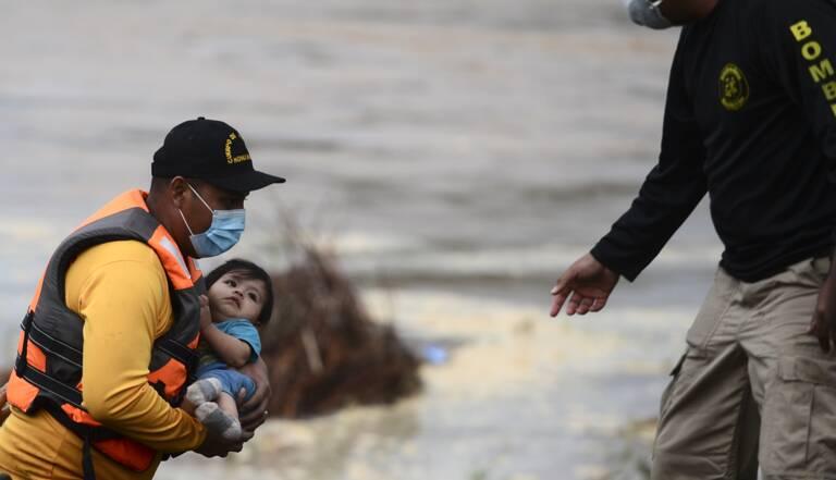 Une » bombe» de force majeure se dirige vers l'Amérique centrale