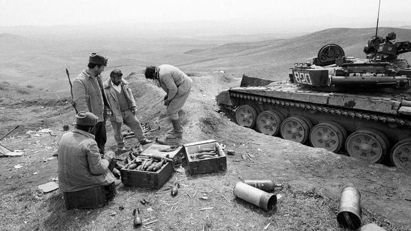 Voici pourquoi l'Arménie et l'Azerbaïdjan sont entrés en guerre