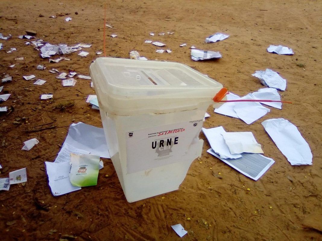 Vote en Côte d'Ivoire : des centres restés fermés dans des localités