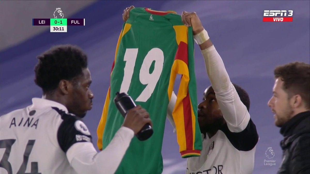 Premier League : Un joueur de Fulham dédie son but à Pape Bouba Diop (Vidéo)