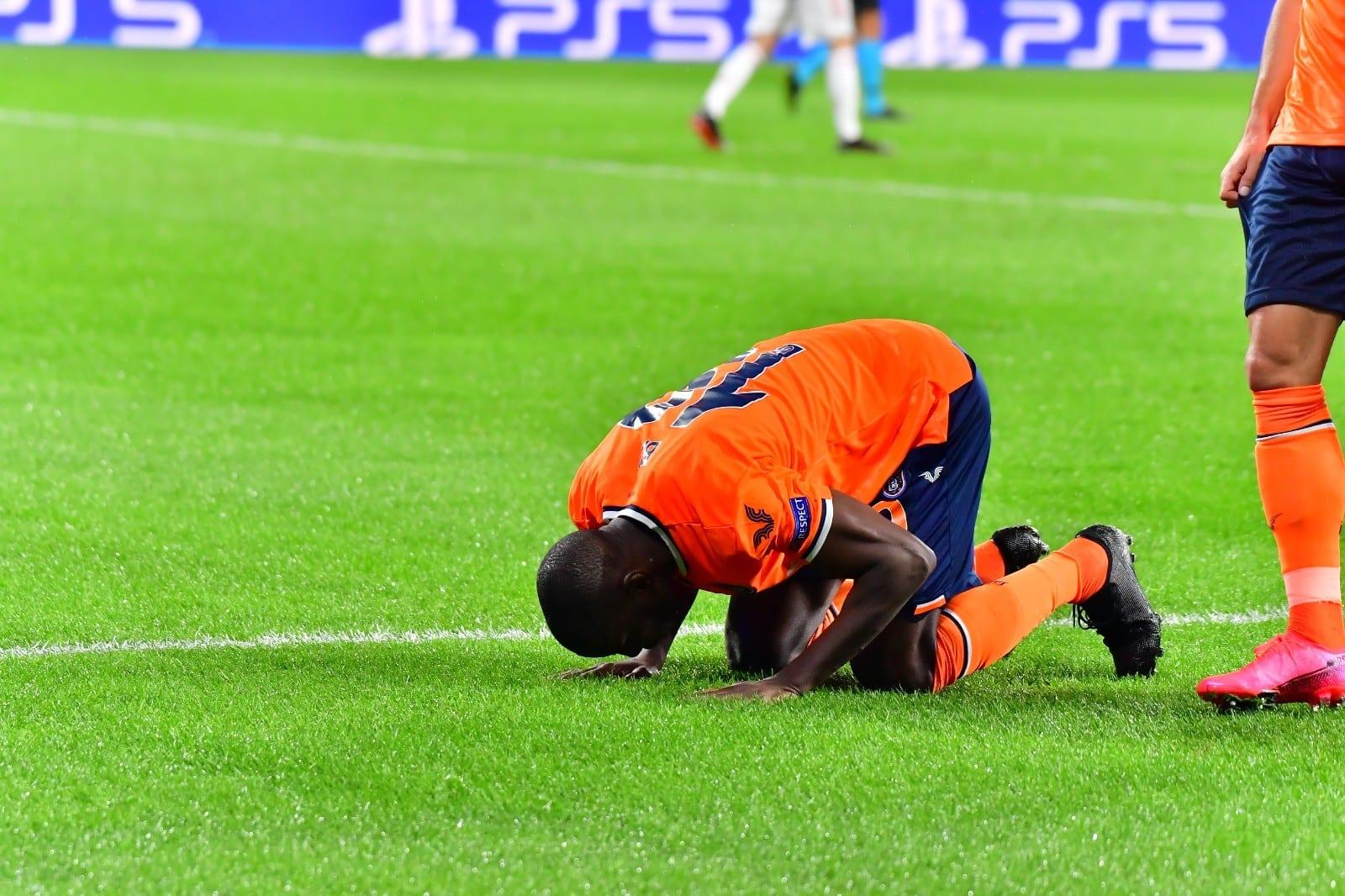 Demba Ba devient le premier buteur de Basaksehir en Ligue des champions…
