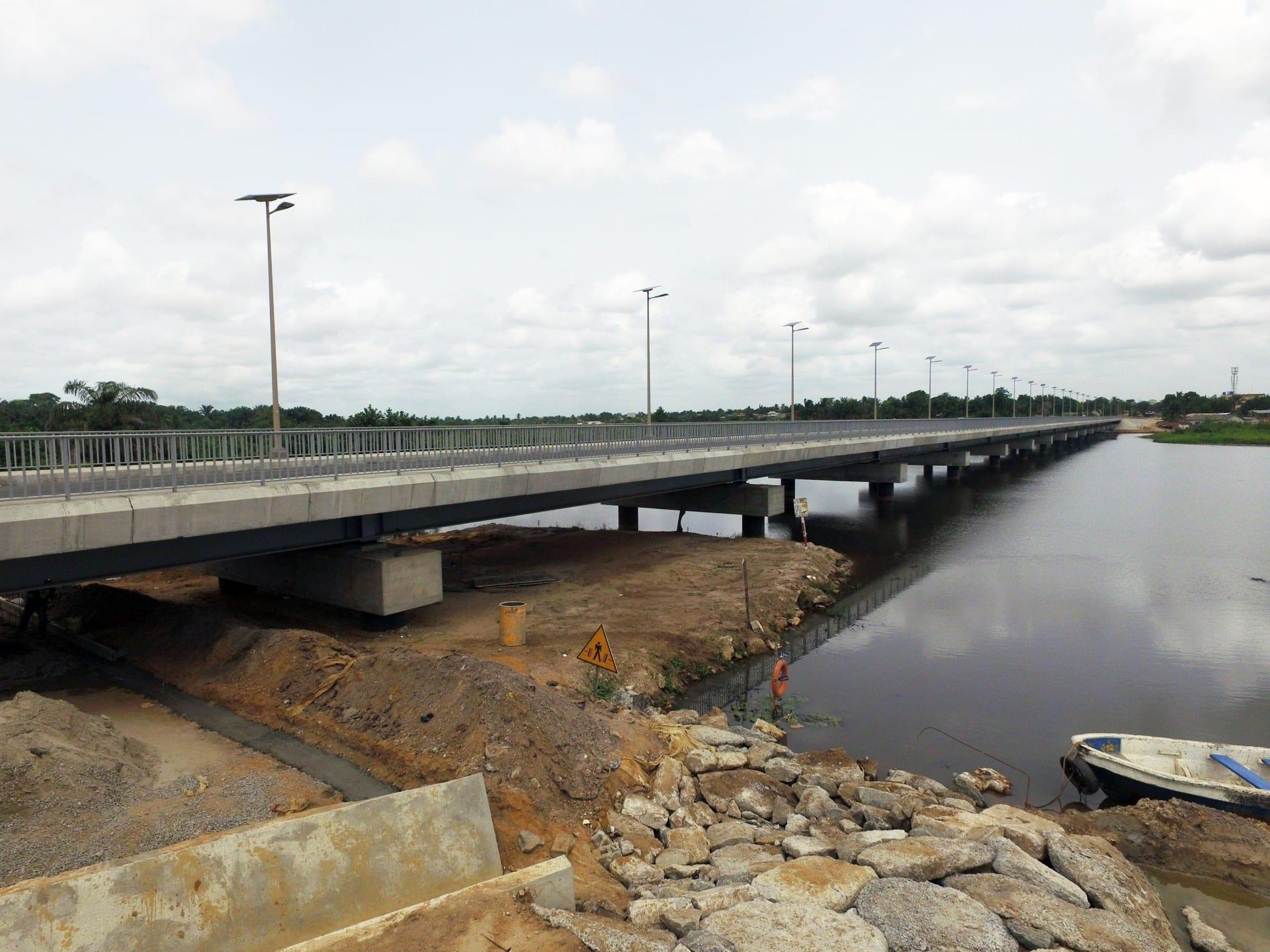 Bénin: un trentenaire se jette dans le bas fond de Womey
