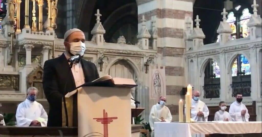 France: les musulmans et catholiques ensemble à la messe