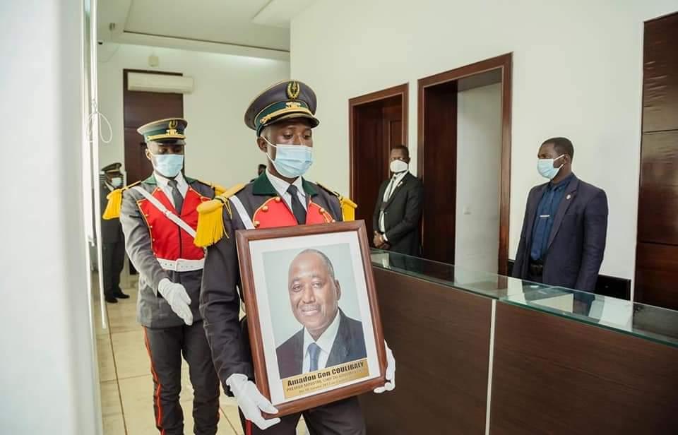Primature :HamedBakayokopose le portrait de feu Amadou GonCoulibaly