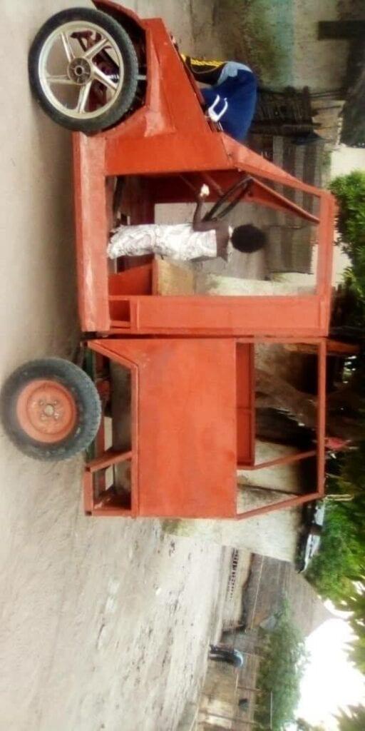 Sénégal : Un soudeur métallique fabrique une voiture... (Photos)