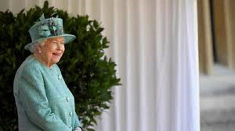 Angleterre : le voleur des bijoux de la reine Elisabeth II passe aux aveux