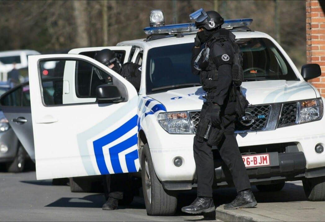 Bruxelles : la police met fin à une «orgie» en plein confinement