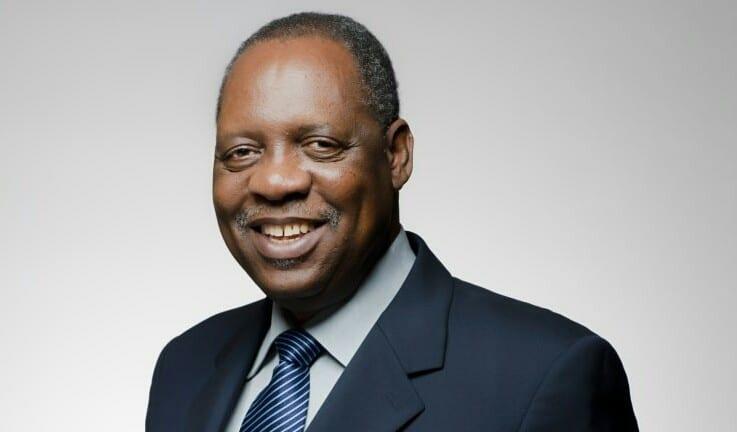 Football : la CAF salue les efforts de l'ex président Issa Hayatou