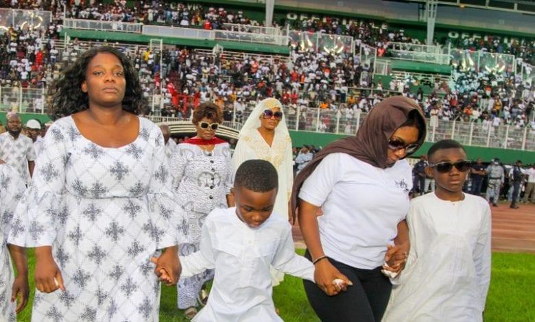 Les mères des enfants de Dj Arafat en colère : elles grognent contre Universal Music