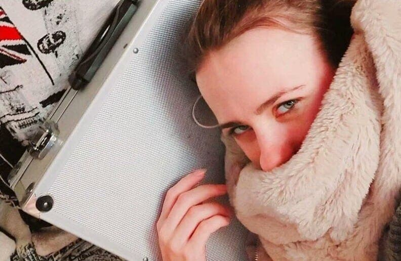 Russie : une femme s'est mariée avec sa mallette pour cette raison