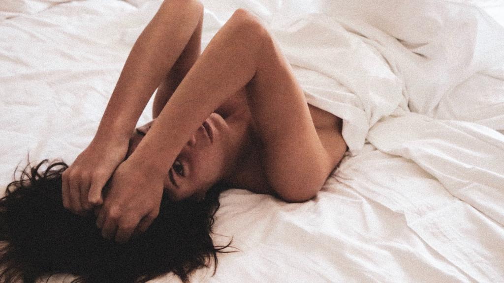 Voici 6 astuces surprenantes pour avoir un meilleur orgasme au lit