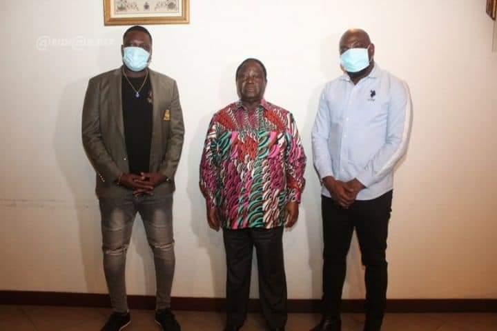 Yodé et Siro chez Bédié : « nous sommes venus dire merci pour les deux avocats qu'il a ajouté à nos avocats »