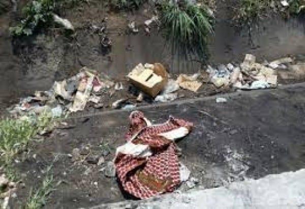 Côte d'Ivoire : le cadavre d'une fille de 3 ans retrouvé dans un caniveau