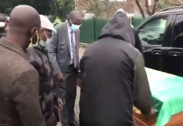 Que d'émotions ! Lens dit adieu à Pape Bouba Diop (Vidéo)