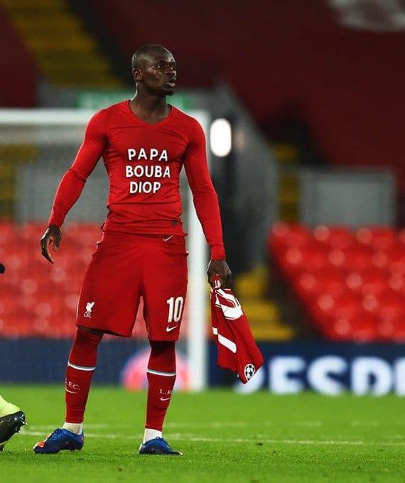 Liverpool - Ajax : L'hommage de Sadio Mané à Pape Bouba Diop après le match...