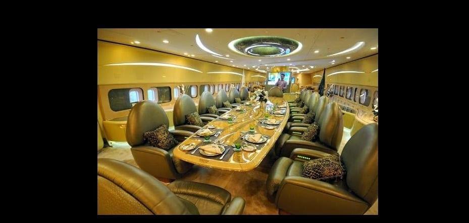Découvrez l'intérieur extraordinaire du jet privé d'un prince saoudien-VIDÉO