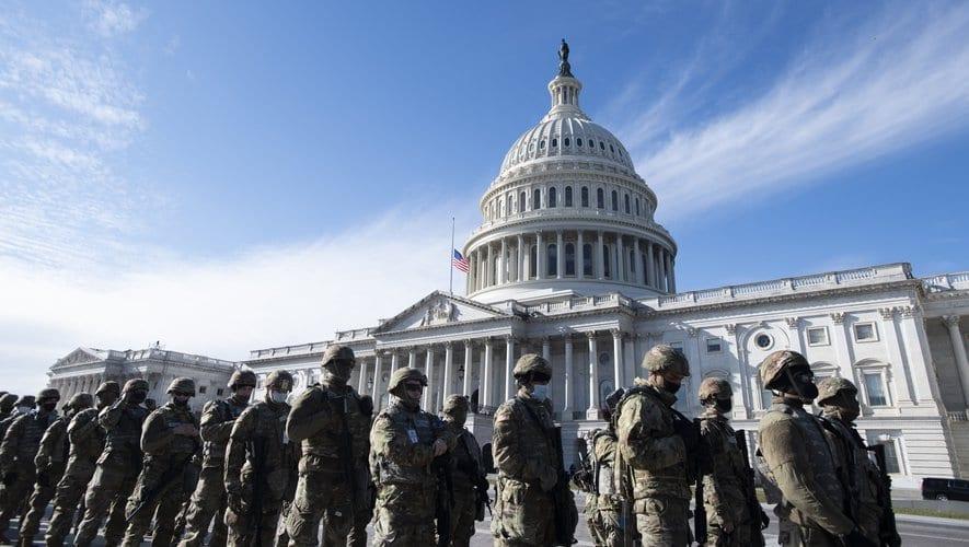 États-Unis - Incendie au Capitole : le bâtiment évacué après un feu allumé par des sans-abri