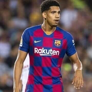 Barcelone: Ronald Araujo blessé à l'échauffement lors de la 18e journée de la liga