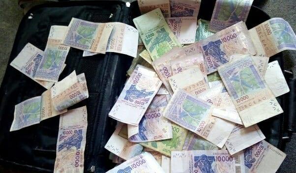 Mali : 5 milliards de faux billets en cfa, un marabout interpellé