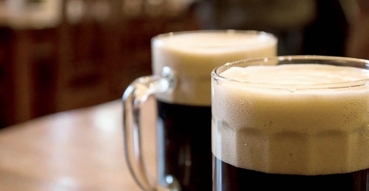 Un père tabasse son fils pour avoir bu sa bière